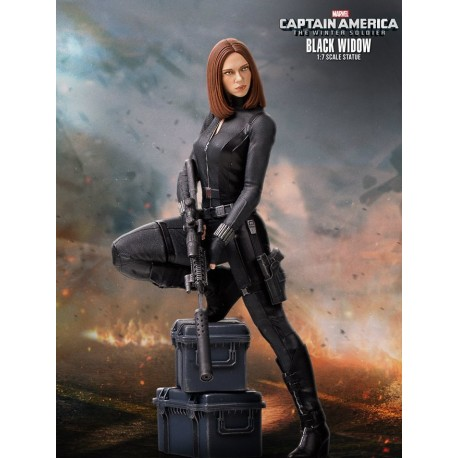 BLACK WIDOW COLLECTORS GALLERY STATUE - GENTLE GIANT