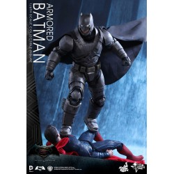 ARMORED BATMAN 1/6 MMS FIGURE - BvsS