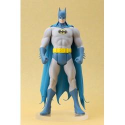 DC COMICS BATMAN CLASSIC COSTUME ARTFX STATUE
